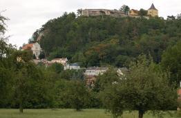 Pitten: Burg und Bergkirche (c) Wolfgang Glock